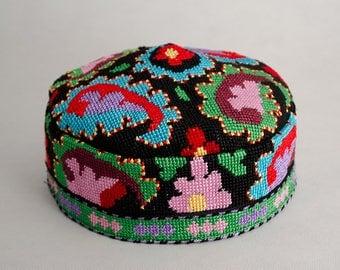 Gorgeous silk handmade embroidery cap. Kufi Hat Skull Cap for muslims