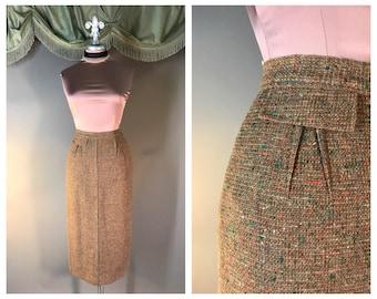 Vintage 50s skirt 1950s ORANGE GREEN TAN confetti fleck tweed Autumn fall tones wool wiggle pencil skirt