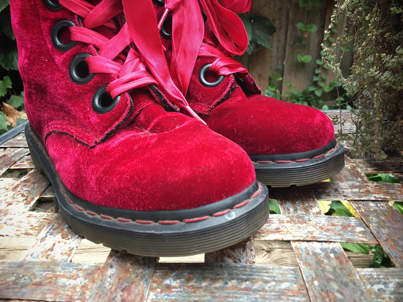 Red Velvet Dr Martens Boots Women Size 6 Uk Size 7 5
