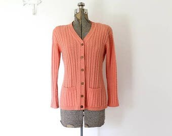 ON SALE 70s Coral Cardigan / Coral Pink 1970s Knit Cardigan
