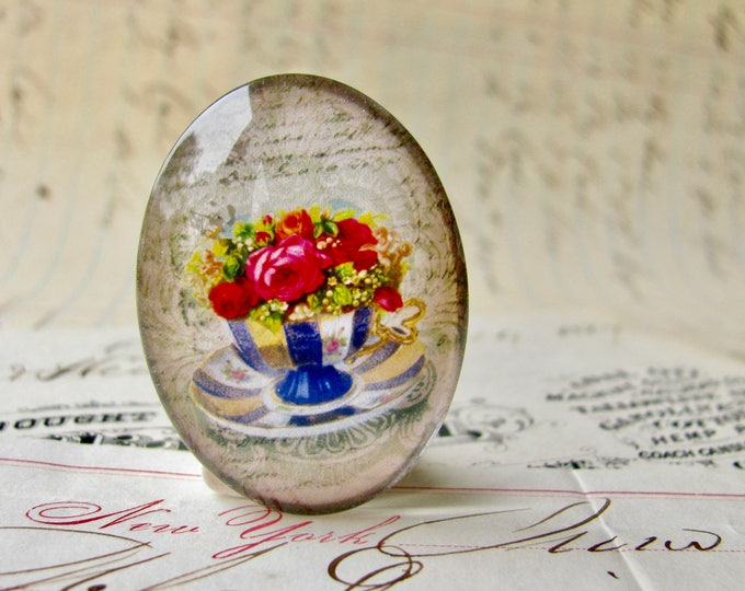 Pink roses in a teacup, handmade glass oval cabochon from our Fabulous Florals collection, vintage flowers image 25x18mm 18x25mm