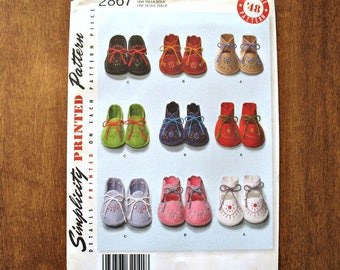 Baby Shoes Pattern, Simplicity #2867 Sewing Pattern from 2008, Baby Booties Pattern