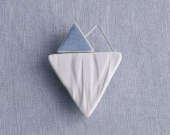 RUCHED No9 geometric heart brooch, white porcelain brooch, blue grey glaze, sterling silver wire, geo brooch, asymmetric ceramic brooch,