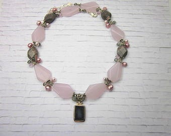 Druzy & Pink Necklace -- Big Pink Necklace -- Pink and Grey Bead Necklace -- Pink Glass statement Necklace -- Women's Pink Stone Necklace