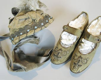Antique French Velvet & Silk Beaded Hat Bonnet and Antique Beaded Velvet Shoes, 1900s Edwardian Hat and Kitten Heels