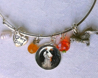 Tricolor Cavalier King Charles Spaniel Charm Bracelet ~ Girlfriend Gift ~ Wire Bangle ~ July Birthday ~ Cavi Owner Gift