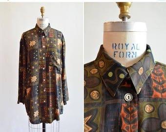 25% off Storewide // Vintage 1980s PRINTED rayon shirt dress