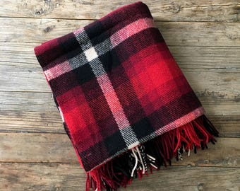 Vintage Red and Black Australian Tartan Plaid Wool Throw Blanket / Red and black Plaid Wool Throw with fringe