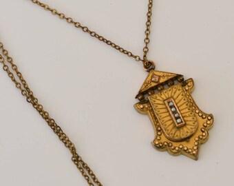 Unique Victorian Locket with Pearls