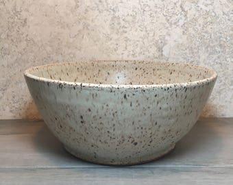 Rustic Serving Bowl - Handmade Stoneware Bowl - Ceramic Bowl - Serving Bowl - Salad Bowl - Speckled Stoneware Bowl - Beige Bowl - Mixing