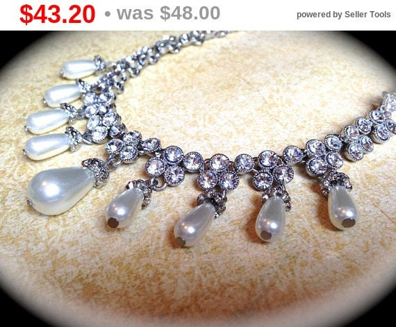 Summer Sale Rhinestone bridal Necklace, Vintage Pearl choker necklace