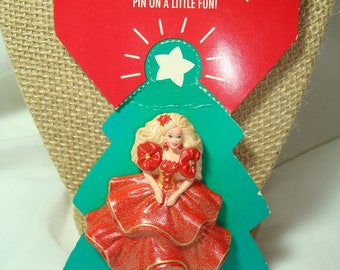 1995 HALLMARk Holiday Barbie Christmas Pin in Red and Gold.