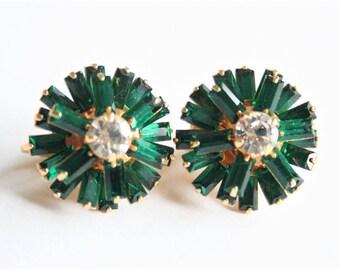 Vintage green crystal earrings.  Clip on earrings.  Baguette cut crystals.  Vintage jewellery