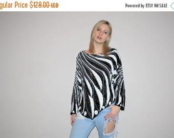 On SALE 45% Off - Vintage 80s Black and White Avant Garde Silk Trophy Blouse Top - Vintage Sequin Tops - Vintage Sequin Blouse - W00360