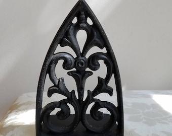 Vintage Iron Bookend Black Fleur de Lis Ornate Metal, French Country Decor