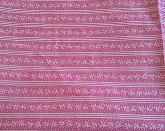 Pink Striped Print Cotton Polyester Blend Fabric 1 Yard X0957