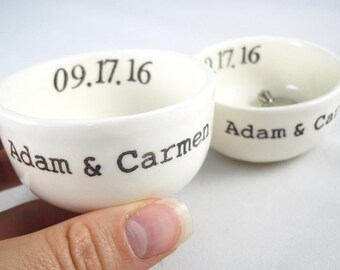 Set of 2 Matching Custom Ceramic Ring Holders for the Mr & Mrs, Bride and Groom wedding gift idea, couple valentines gift for the newly weds