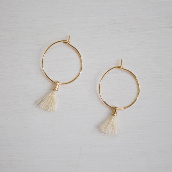 the Laurel in Beige -earrings (small halo hoop earrings with tassel minimal every day 16k gold plated)