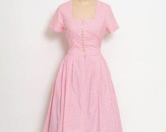 Vintage German Dress / Vintage Dress / German Dress / Bavarian dress / pink dress / Austrian German folk dress / oktoberfest dress / retro