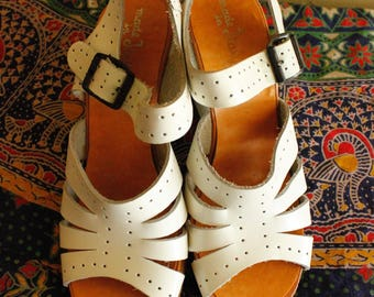 1960s White Wedge Strap Sandals US size 6.5