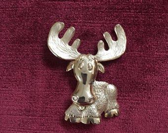 Vintage 1990s JJ signed goldtone moose brooch