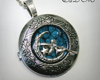 Silver-tone, Locket necklace with Angel on the silver Moon and dark blue background (p)
