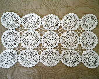 "Vintage Handmade Rectangle Crochet Lace Cotton Doily/Scarf  -White 15"" x 9""   Circa 1930s/1940s"