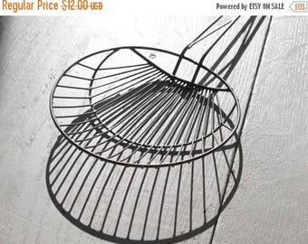 Vintage French wire skimmer , kitchen decor , rustic decor, shabby chic kitchen , fench wire kitchen ustensils
