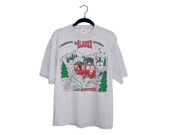 """Vintage 90's """"I Traveled The Alaska Highway And Survived"""" 50/50 Poly-Cotton BlendGray T-Shirt, Made in USA - XL"""