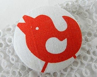 Button fabric, printed red bird, 1.57 in / 40 mm diameter