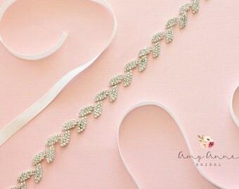 Silver Beaded Vintage Skinny Delicate BHLDN Inspired Bridal Sash, Rhinestone Wedding Belt, BHLDN Inspired Bridal Belt, Skinny Crystal Belt