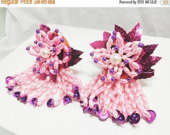 SALE WOW Vintage earrings Pink & Purple beaded Dangles Foil Statement