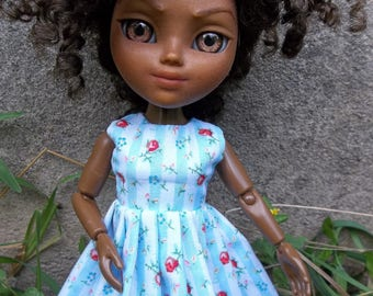 """Shabby Chic, Summer Roses Dress, Fits 12"""" Blythe or Girl Makie Doll"""