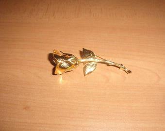 vintage pin brooch goldtone rose flower
