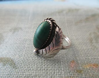 vintage sterling silver ring- malachite, green, size 5.75, Native American