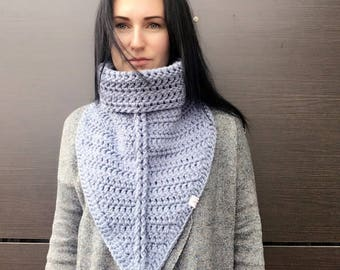 Crochet Scarf / Cowl Scarf / Infinity Scarf / Knit Scarf / Crochet Neck Warmer / Chunky Scarf / Unisex Scarf / gift for her / gift for him