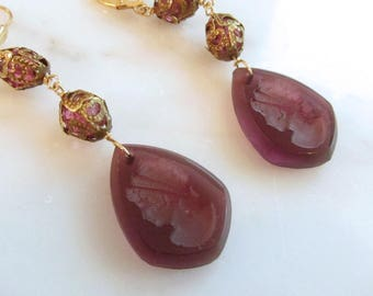 Intaglio, Vintage earrings, Plum colored Intaglio cameo earrings,  Two Girls Gems