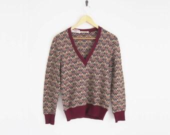 Vintage 70s Sweater. Burgundy Red V Pattern Knitted Sweater. V-Neck Sweater. Wool Sweater. Vintage Cacharel. Preppy Pullover.