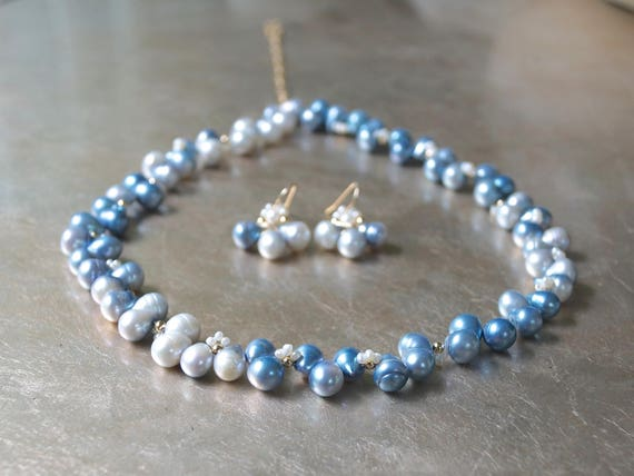 Real pearl necklace - Light blue