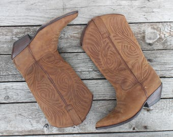 6.5 M | Guess Georges Marciano Women's Brown Western Boots