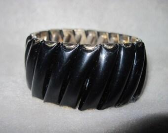 Vintage GORGEOUS Black Thermoset/Lucite Expansion Bracelet ...#8169
