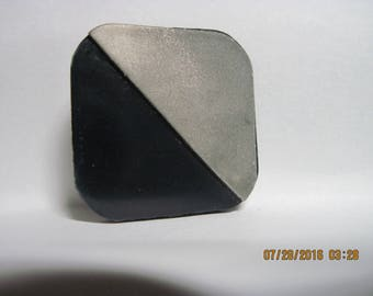ANTIQUE E/Mid 1900's Black & Silver Square w/ Rounded Corners Celluloid Button..#175