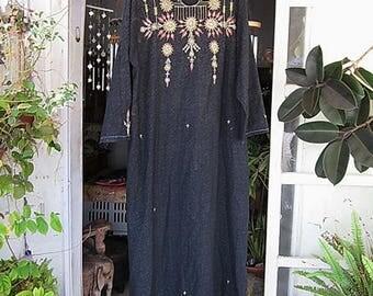 Oriental Floor-Length Embroidered Black Cotton Dress / Caftan, Vintage - size Large