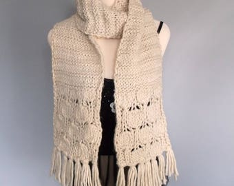 Handknitted womens beige chunky  scarf with short fringe