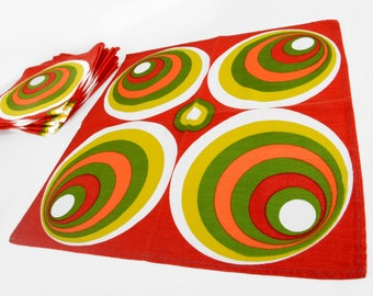 "mod napkins, set of 8 napkins, mod design, mid century modern,circles, red,orange, green,16"", retro kitchen, vintage kitchen, vintage linens"