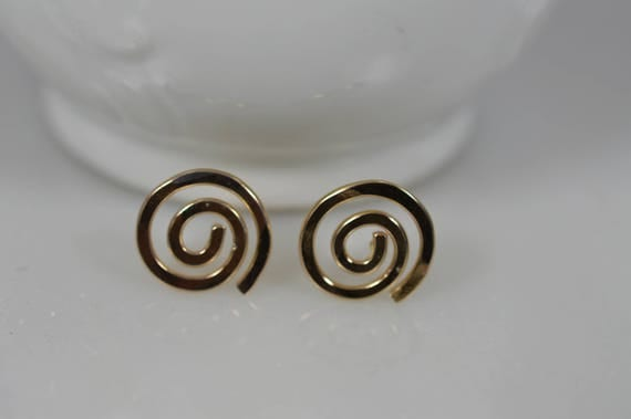 14k Solid Gold Spiral Earrings