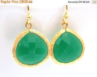 SALE Green Earrings, Gold Earrings, Gold Green Earrings, Palace Green, Wedding Jewelry, Bridesmaid Earrings, Bridal Earrings, Bridesmaid Gif