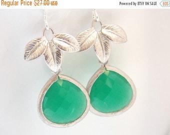 SALE Palace Green Earrings, Glass Earrings, Leaf Earrings, Gold Earrings, Wedding Jewelry, Bridesmaid Earrings, Bridal Jewelry, Bridesmaid G