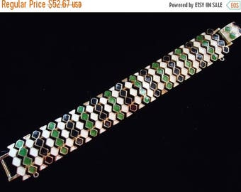 On Sale Vintage 1940's 1950's White & Green Enamel Bracelet Mad Men Mod Retro Rockabilly Chunky Wide Jewelry