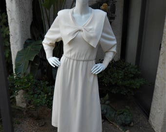 Vintage 1980's Cream Colored Wool Dress - Size 12